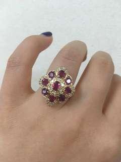 紅寶石磚石戒指