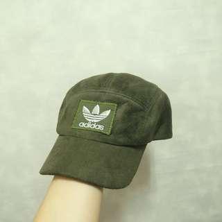 三件7折🎊 Adidas 五分割帽 彎帽 老帽 麂皮 墨綠 大電繡logo 日貨 極稀有 復古 古著 Vintage