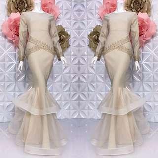 Dhia rania  exclusive   🎄Material :strechy cotton and skirt  net lace  2 sizes : XS/M & L/XL  🎄hidden zip di belakang 🎄hidden zip tgn ( wudhu ) 🎄diamond and lace bunga 🎄full lining