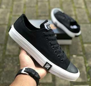 Converse all star undefeated premium BNIB