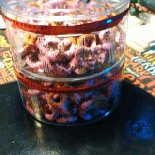Jom order raya pretzels