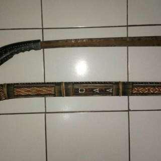 Pajangan Samurai dan pedang asli toraja