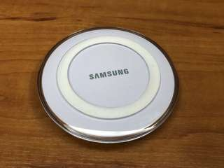 Mint Condition Samsung Wireless Phone Charger