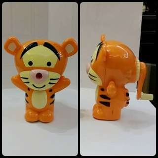 全新 小熊維尼 跳跳虎 鉛筆刨 Winnie the Pooh tigger pencil sharpener