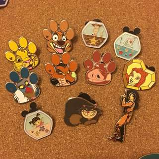 迪士尼 襟章 徽章 Disney pin Disneyland pins