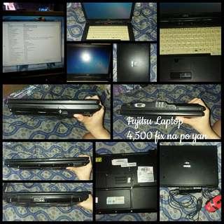 Laptop & Bluetoothspeaker