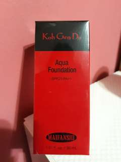 Aqua Foundation SPF25 PA+++