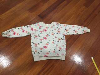 Sweet Floral sweater (age3-4yo)