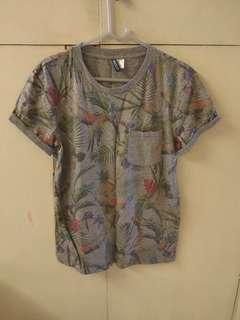 女裝上衣 H&M casual floral Tee Top Tshirt Blouse