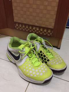 Nike Courtballistec 4.3 dan DC RD x MID