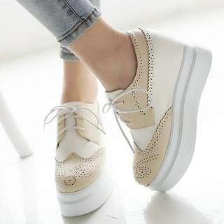 Sepatu Wedges ZR32