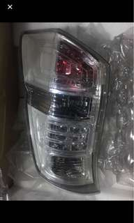 Honda stepwgn rk5前期尾燈(左)