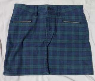 Uniqlo Mini Skirt (Plaid)