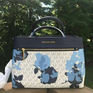 Michael Kors  Hailee xs in Signature Navy