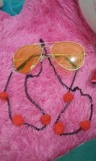 Kalung kacamata