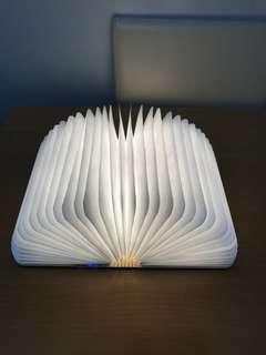書燈 Book Lamp