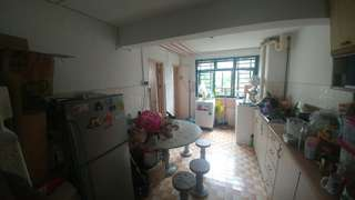 HDB flat and room share