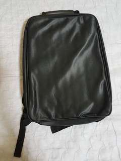 Lap top bag -CLEAR CHANNEL