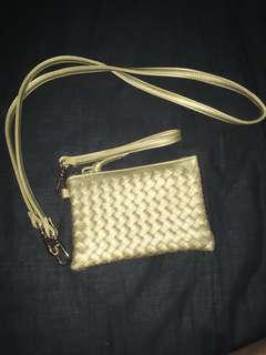 Gold handbag / purse