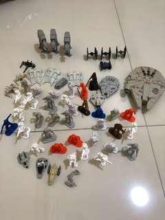 Star Wars figurines and spaceships