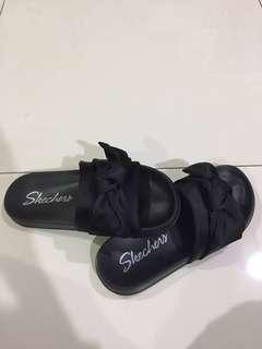 Skechers Girls Satin Shimmy Bow Slide