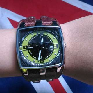 Everlast watch