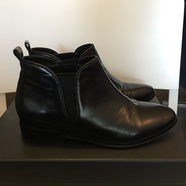 Black boots size 37 from Wittner