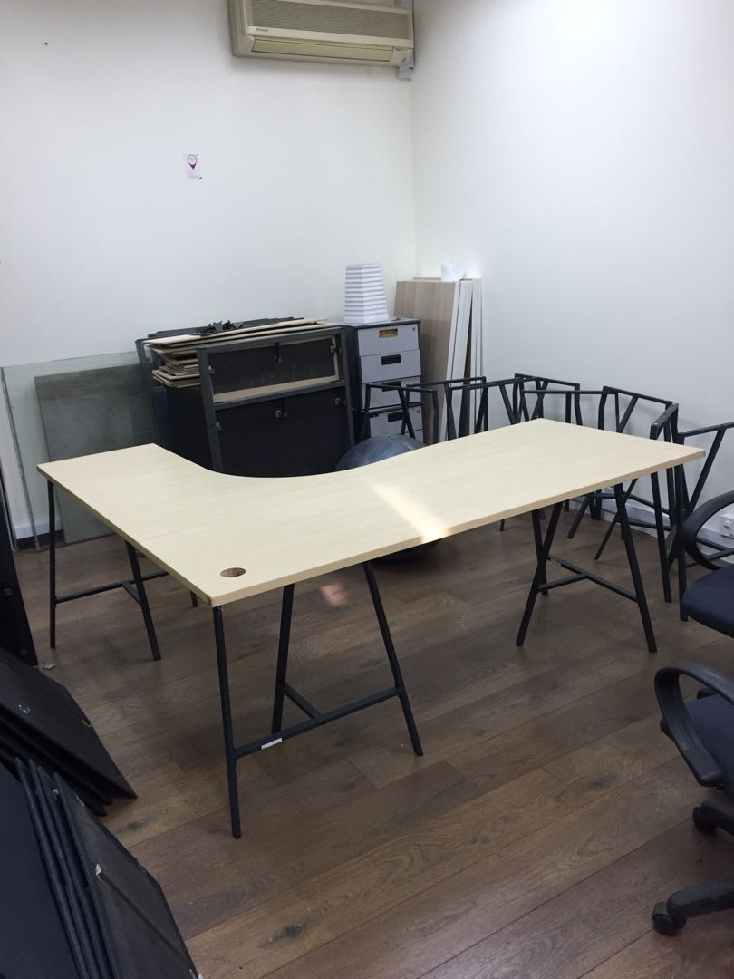 FREE Table Tops, Furniture, Tables & Chairs on Carousell