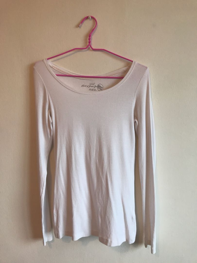 f3a30ec79d23e6 H&M White Long Sleeve TOP, Women's Fashion, Clothes, Tops on Carousell