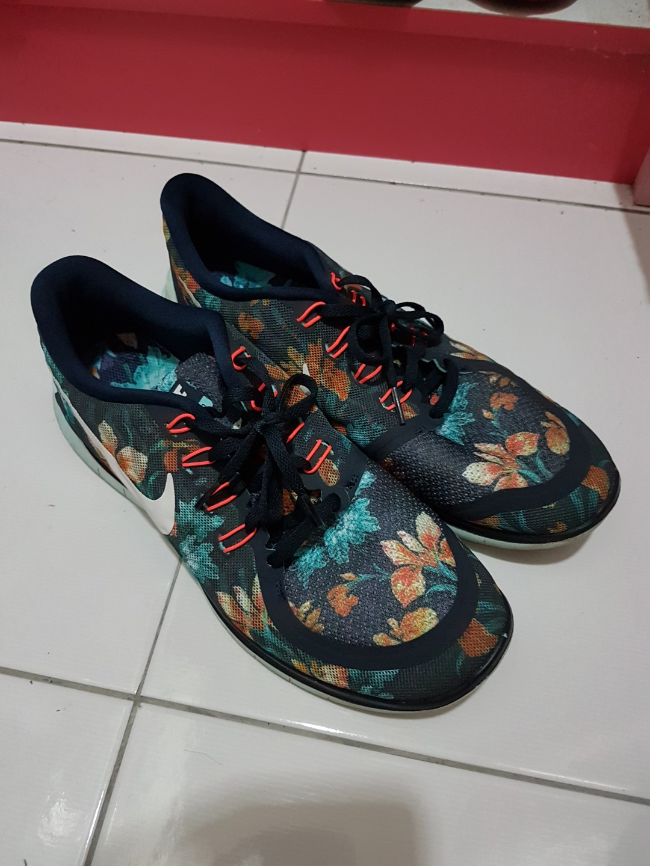 c6d4370bc93ec Nike free 5.0 Photosynthesis sz us 10