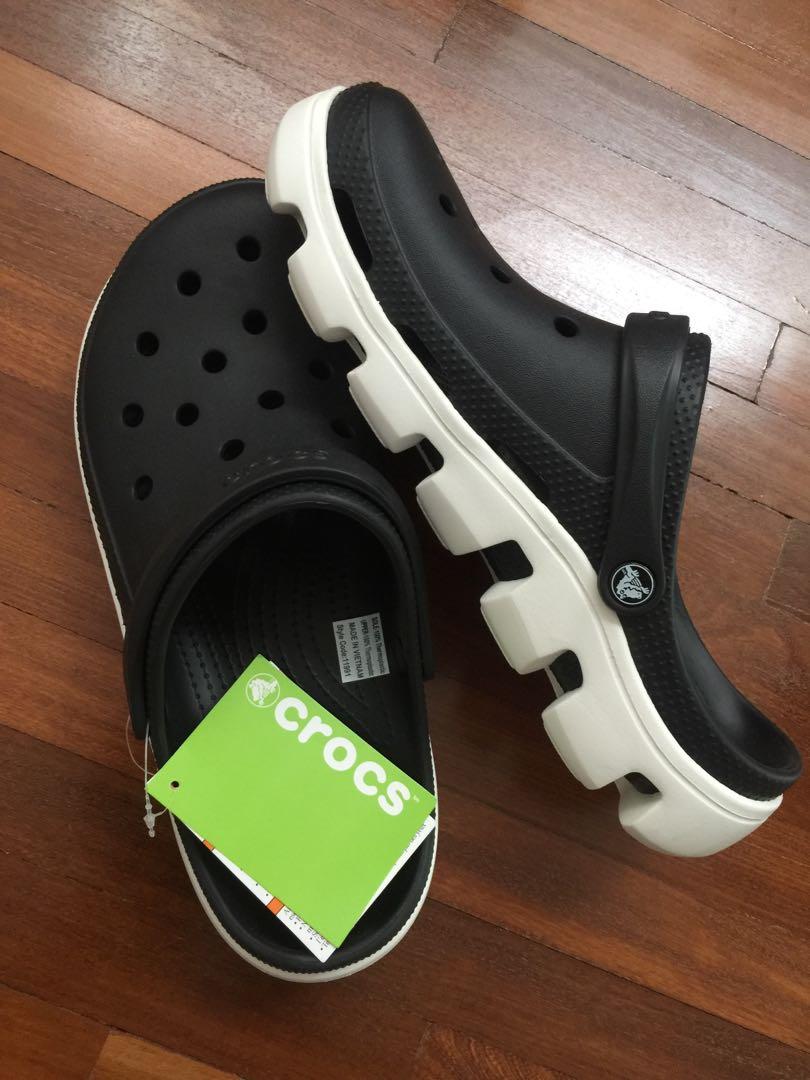 NWT Crocs Duet Sport Clog Black White Size M12 6afc879e6