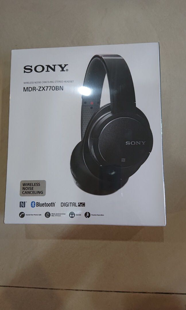 18711136c2f Sony Headset MDR-ZX770BN, Electronics, Audio on Carousell