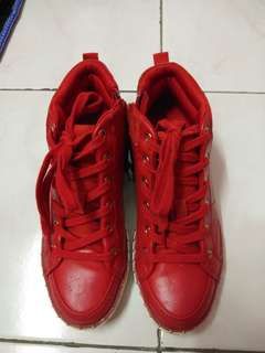 Aldo Highcut Red Color