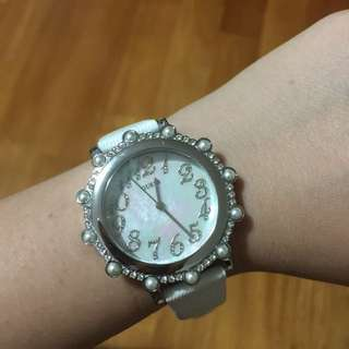 GUESS - pearl timepieces/watches