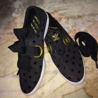 Preloved adidas shoes (SALEEE!!!)