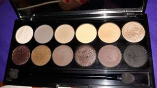 SLEEK  I-DIVINE AU NATUREL MINERAL BASED EYE SHADOW PALETTE