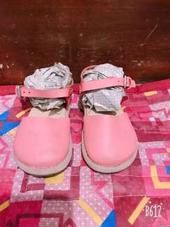 OLD NAVY CLOGS PINK