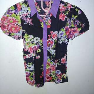 Flowery cute shirt