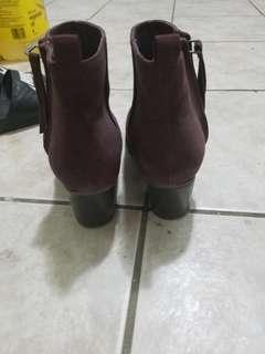 Old Navy burgundy booties