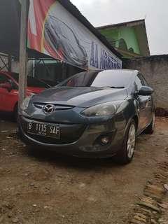 Mazda 2 sedan 2011 metic type r
