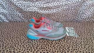 Montbell Flex Trail Shoes Sneaker Second Sepatu Bekas Import