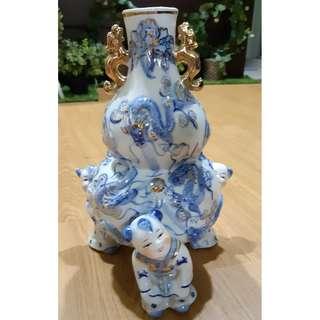 Vintage Porcelian Vase