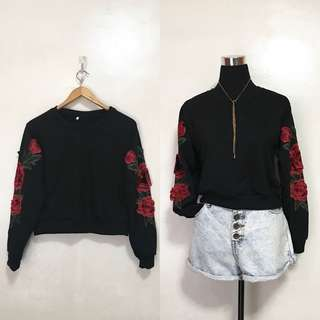 [Preloved] Oversized Rose Patched Pullover Sweater