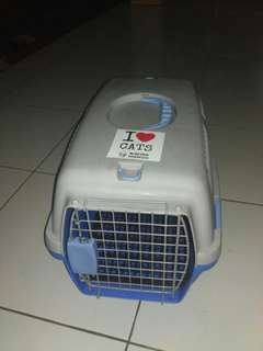 Pet cargo merk dayang
