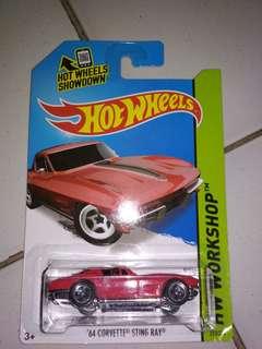 Hot Wheels Corvette (Sting Ray) 64