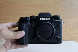 Fujifilm XT2 with 18-55mm kit lens good as new
