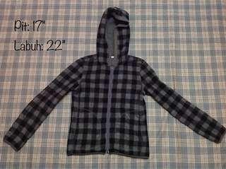 Uniqlo hoodie flees - Free postage