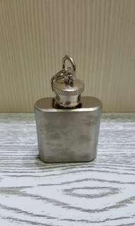 鑰匙圈小酒罐