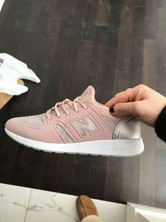 New balance rose gold runners 7.5