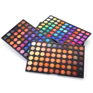 Raya / Vesak Sale! $19.90 with delivery! Huda beauty 180 eyeshadow palette.